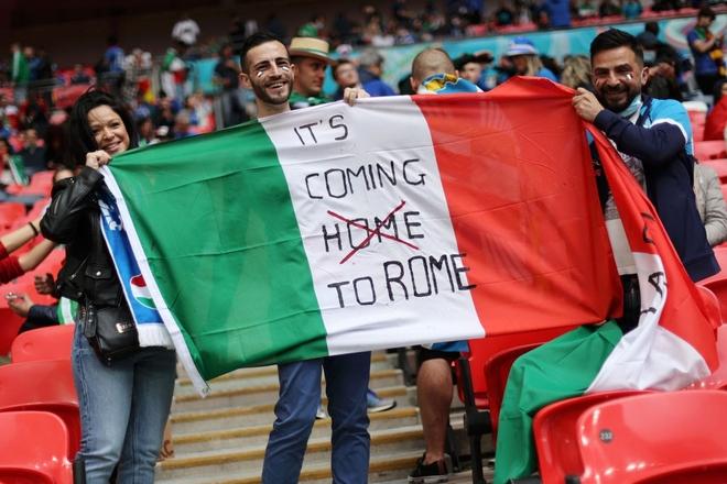 Italy vào chung kết Euro 2020 sau chiến thắng kịch tính trên chấm luân lưu - Ảnh 22.