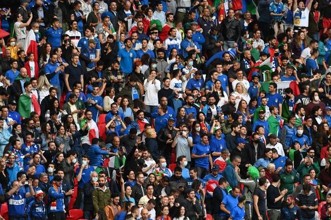 Italy vào chung kết Euro 2020 sau chiến thắng kịch tính trên chấm luân lưu - Ảnh 16.