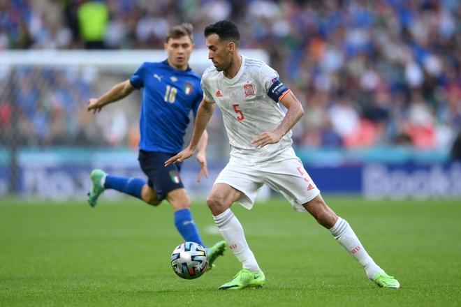 Italy vào chung kết Euro 2020 sau chiến thắng kịch tính trên chấm luân lưu - Ảnh 14.