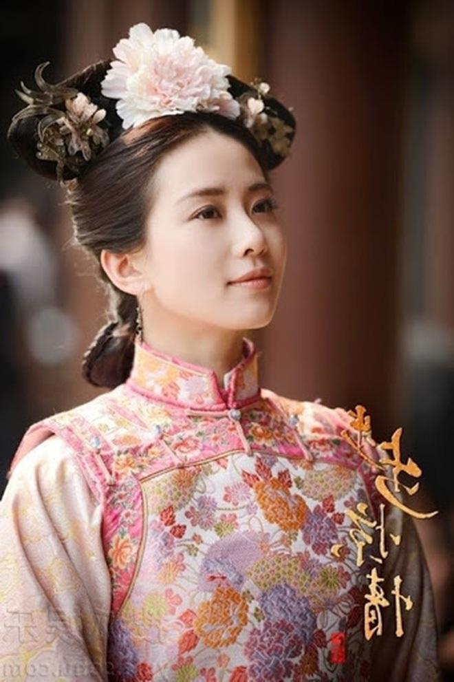 """Đọ sắc mỹ nhân Hoa - Hàn đóng cùng vai diễn: Cúc Tịnh Y lép vế trước """"nữ hoàng dao kéo"""", Shin Hye Sun không sexy bằng bản gốc - Ảnh 3."""