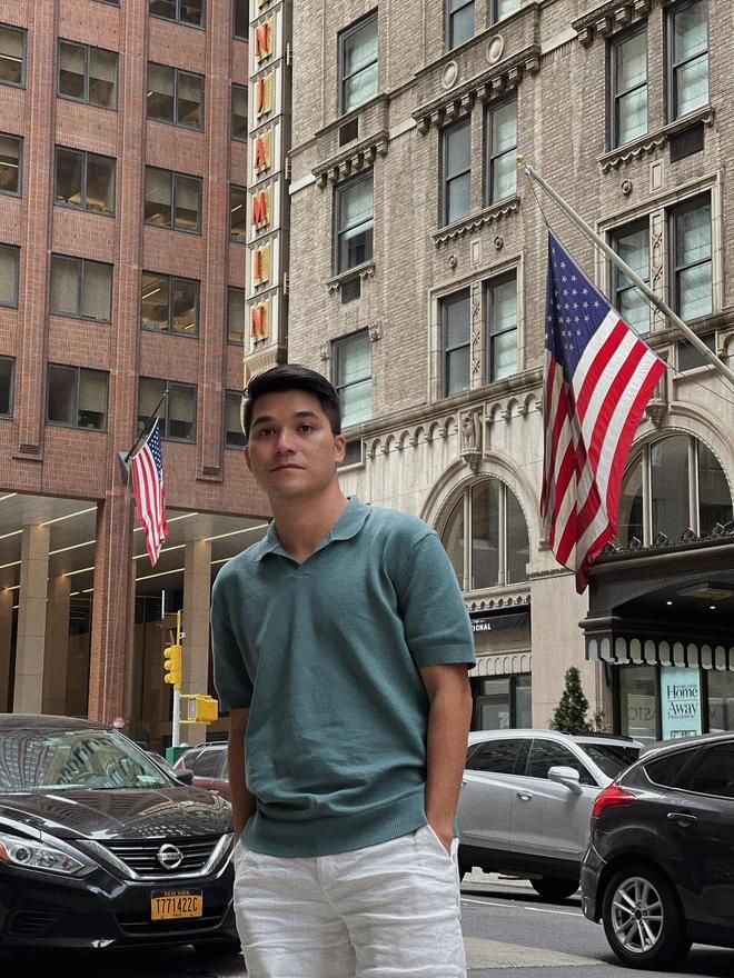 """Sau Vũ Khắc Tiệp, Khánh Vân - CEO Bảo Hoàng là """"đại sứ cách ly"""" mới: Gần 3 tháng cách ly từ Mỹ về Hà Nội rồi đến Sài Gòn giãn cách - Ảnh 1."""