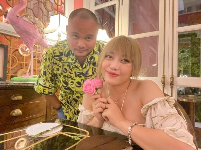 Vợ cũ Minh Râu lần đầu tiên lộ diện sau biến ly hôn, tiết lộ đã giảm số kg đáng kể - ảnh 1