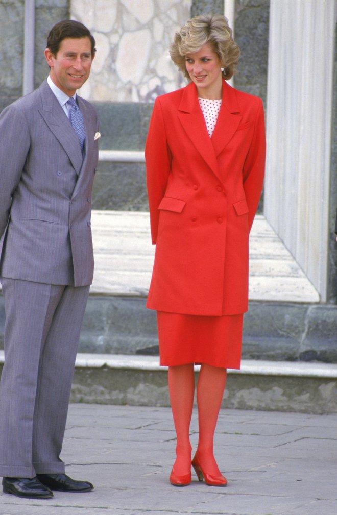 Công nương Diana không bao giờ mang giày cao quá 5cm khi còn làm vợ Thái tử Charles, nguyên nhân do đâu? - ảnh 6