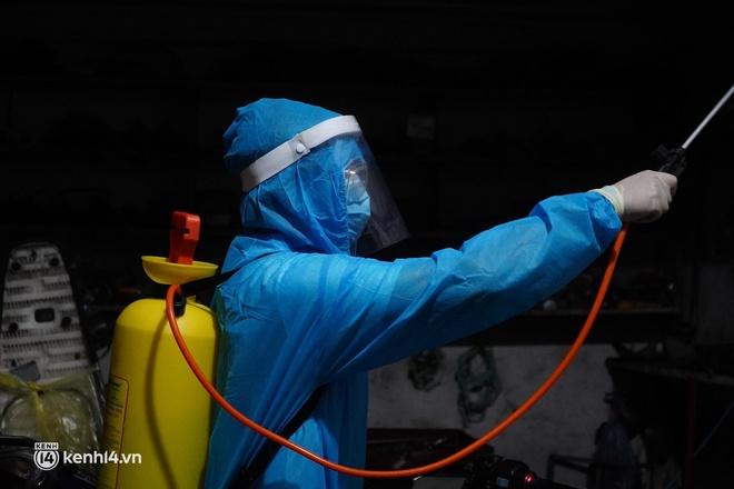 Hà Nội: Phong toả tạm thời ngõ 651 Minh Khai do có 20 ca nghi nhiễm Covid-19 - ảnh 4