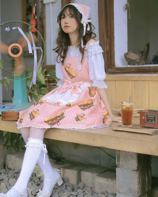 """Bị gọi là """"đệ tử"""" của Chao - rich kid 2k3, TikToker mê váy lolita có phản ứng thế nào? - Ảnh 6."""