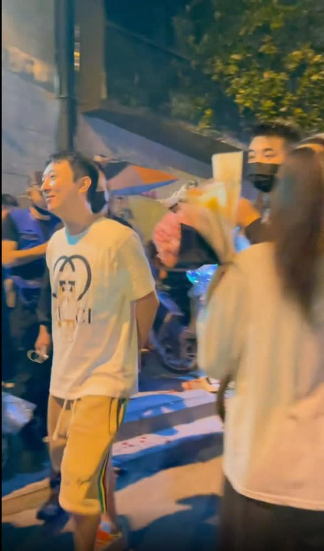 """Ngô Diệc Phàm vào tù được 2 tuần, bạn thân thiếu gia Vương Tư Thông lại lộ ảnh """"tuyển phi"""" cả dàn mỹ nữ trẻ đẹp? - Ảnh 3."""