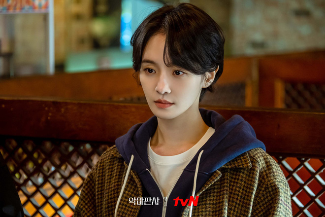 9 nhân vật bị khai tử oan ức ở phim Hàn: Xem đến nam phụ Crash Landing On You mà muốn đốt nhà biên kịch - Ảnh 7.