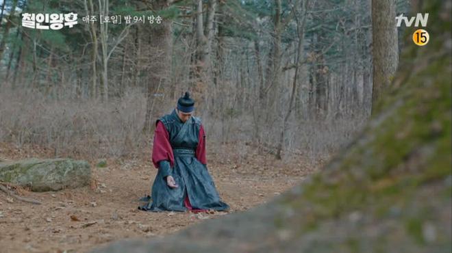 9 nhân vật bị khai tử oan ức ở phim Hàn: Xem đến nam phụ Crash Landing On You mà muốn đốt nhà biên kịch - Ảnh 18.