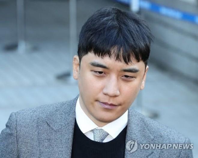 Nổi tiếng với quy định khắt khe nhưng idol nhà YG vẫn vướng scandal chấn động: Hẹn hò, cưới chạy bầu, sử dụng chất cấm đến cả mại dâm - ảnh 15