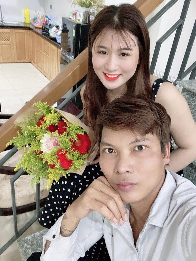 """Nhan sắc cô vợ xinh xắn của Lộc Fuho, như này bảo sao netizen cứ đòi tán """"vợ thầy"""" - Ảnh 5."""
