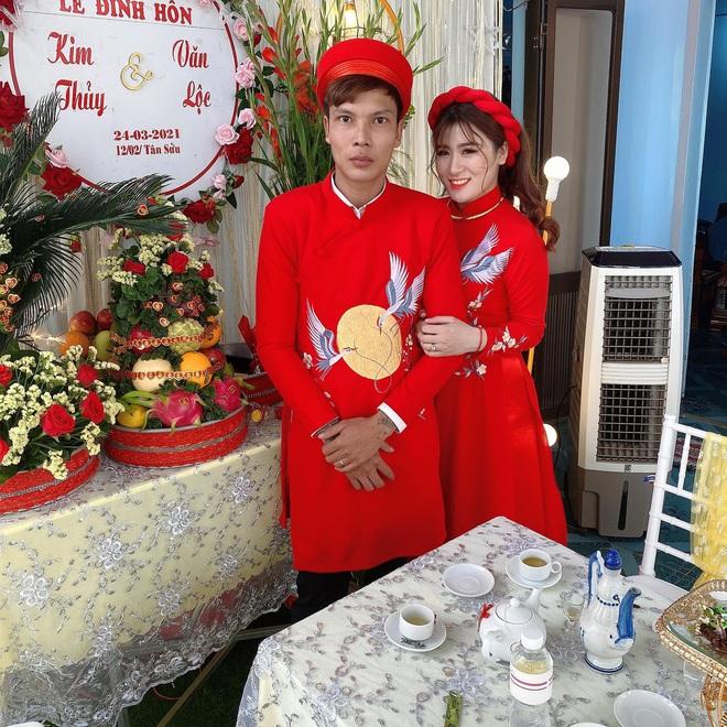 """Nhan sắc cô vợ xinh xắn của Lộc Fuho, như này bảo sao netizen cứ đòi tán """"vợ thầy"""" - Ảnh 4."""