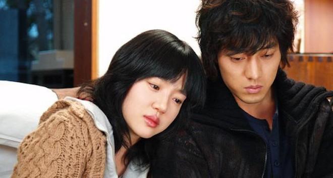 6 nam chính phim Hàn có số phận khổ hết phần thiên hạ: Song Joong Ki bị vùi dập thấy mà thương luôn á! - Ảnh 8.