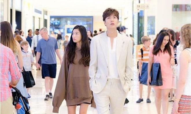 Cười bể bụng với 3 đám cưới có 1-0-2 ở phim Hàn: Hôn lễ bị thổi bay trong Penthouse thành huyền thoại meme - Ảnh 6.