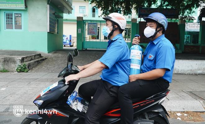 """""""Cha đẻ"""" ATM gạo cho ra đời ATM Oxy và câu chuyện bình oxy cứu sống một người cha ở Sài Gòn trong đêm - ảnh 16"""
