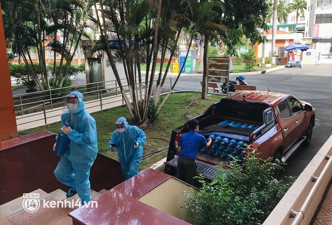 """""""Cha đẻ"""" ATM gạo cho ra đời ATM Oxy và câu chuyện bình oxy cứu sống một người cha ở Sài Gòn trong đêm - ảnh 10"""