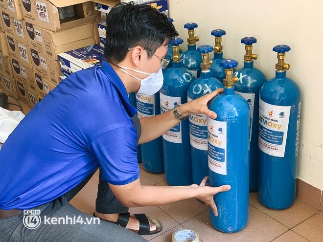 """""""Cha đẻ"""" ATM gạo cho ra đời ATM Oxy và câu chuyện bình oxy cứu sống một người cha ở Sài Gòn trong đêm - ảnh 13"""