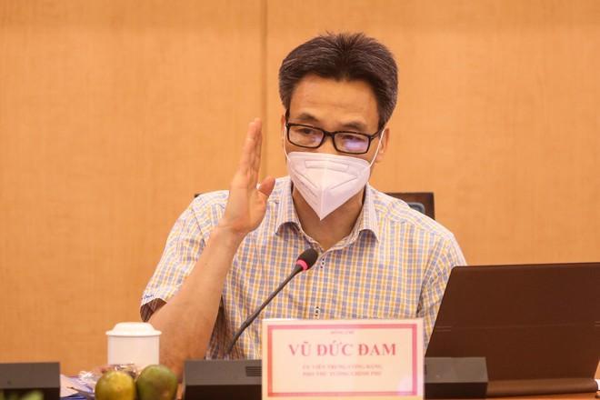 Phó Thủ tướng Vũ Đức Đam: Hà Nội phải sẵn sàng mọi tình huống, không để bị động, bất ngờ - Ảnh 1.