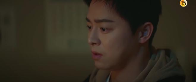 Preview Hospital Playlist 2 tập 8: Jeong Won suy sụp vì bạn gái bỏ rơi, mẹ lâm bệnh nặng khó cứu chữa? - ảnh 6