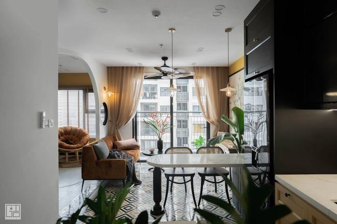 Nội thất căn hộ thiết kế phong cách Indochine 700 triệu - Ảnh 1.
