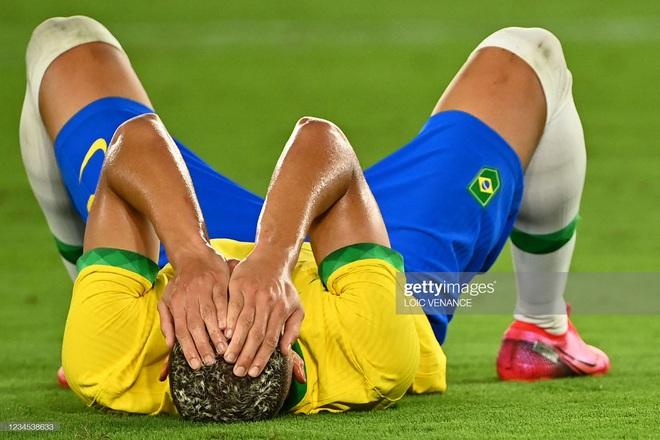 Quẳng đi 2 cơ hội mười mươi, Brazil vẫn tung cú đấm hạ gục Tây Ban Nha để bảo vệ thành công tấm HCV Olympic - Ảnh 6.