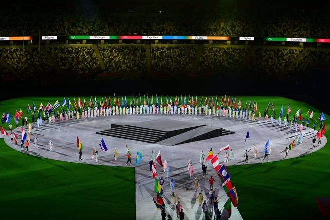 Bế mạc Olympic Tokyo 2020: Không dài lê thê phát buồn ngủ như khai mạc, ngày khép lại Thế vận hội đặc biệt nhất lịch sử tràn ngập tiếng cười, lắng đọng và ấn tượng - Ảnh 32.