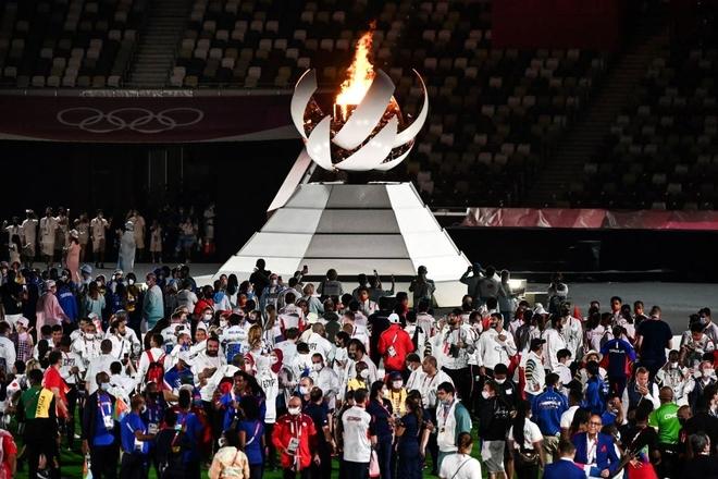 Bế mạc Olympic Tokyo 2020: Không dài lê thê phát buồn ngủ như khai mạc, ngày khép lại Thế vận hội đặc biệt nhất lịch sử tràn ngập tiếng cười, lắng đọng và ấn tượng - Ảnh 26.
