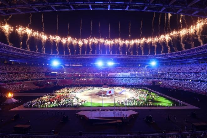 Bế mạc Olympic Tokyo 2020: Không dài lê thê phát buồn ngủ như khai mạc, ngày khép lại Thế vận hội đặc biệt nhất lịch sử tràn ngập tiếng cười, lắng đọng và ấn tượng - Ảnh 24.