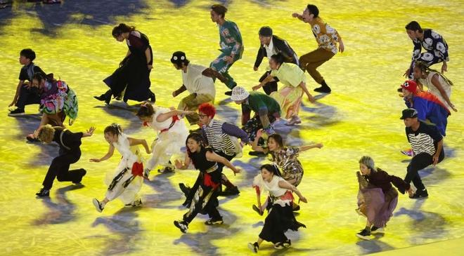 Bế mạc Olympic Tokyo 2020: Không dài lê thê phát buồn ngủ như khai mạc, ngày khép lại Thế vận hội đặc biệt nhất lịch sử tràn ngập tiếng cười, lắng đọng và ấn tượng - Ảnh 21.