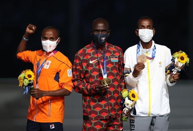 Bế mạc Olympic Tokyo 2020: Không dài lê thê phát buồn ngủ như khai mạc, ngày khép lại Thế vận hội đặc biệt nhất lịch sử tràn ngập tiếng cười, lắng đọng và ấn tượng - Ảnh 18.