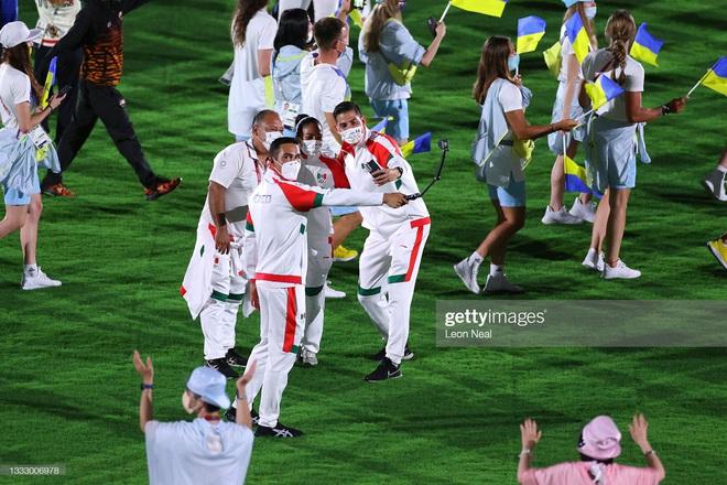 Bế mạc Olympic Tokyo 2020: Không dài lê thê phát buồn ngủ như khai mạc, ngày khép lại Thế vận hội đặc biệt nhất lịch sử tràn ngập tiếng cười, lắng đọng và ấn tượng - Ảnh 29.