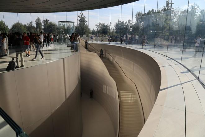 Cận cảnh Apple Park: Văn phòng đẹp nhất thế giới trị giá 5 tỷ USD, nơi tổ chức buổi ra mắt iPhone 13 đêm nay! - ảnh 13