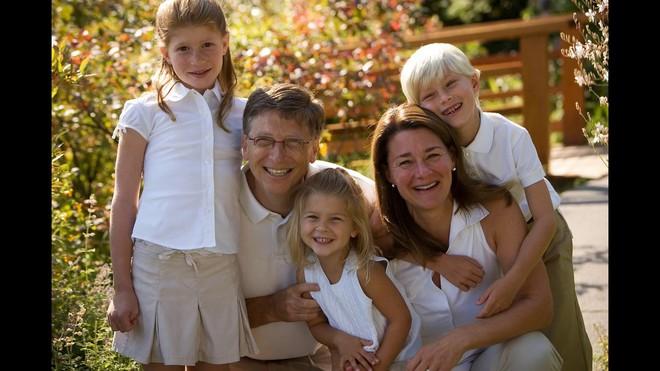 """Tiểu thư út nhà tỷ phú Bill Gates dậy thì thành công với nhan sắc rực rỡ ở tuổi 19, chính thức gia nhập hội """"hot girl con nhà siêu giàu"""" - ảnh 13"""
