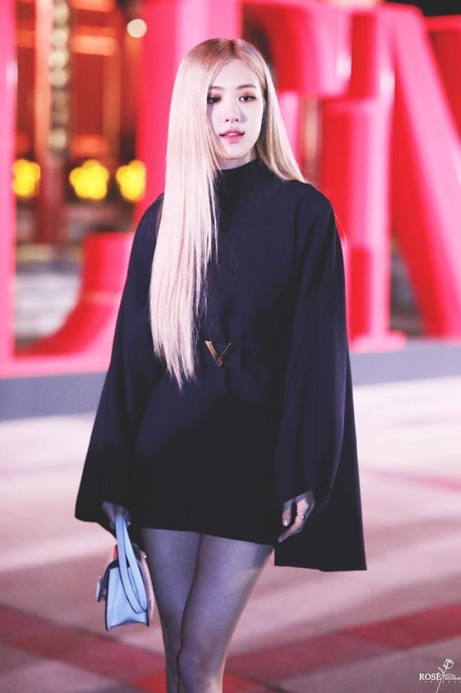 Ảnh & clip Rosé debut tại Met Gala 2021: Xinh nhưng hơi an toàn? - Ảnh 8.