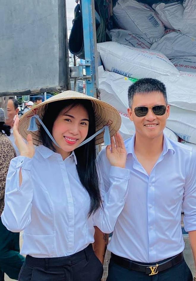 Netizen đặt lịch thông báo ngày 15/9, nhắc vợ chồng Công Vinh - Thuỷ Tiên đã đến hẹn sao kê tiền từ thiện - Ảnh 5.