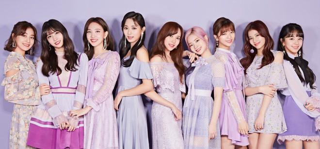 Girlgroup Gen 3 bán album chạy nhất: Comeback lia lịa nhưng TWICE có đủ sức cho BLACKPINK, Red Velvet ngửi khói? - ảnh 9