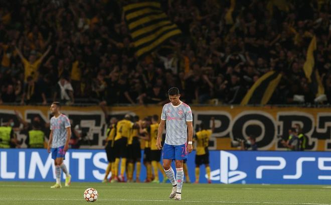 Thảm hoạ đồng đội phá hỏng công lao ghi bàn của Ronaldo - ảnh 2