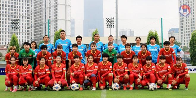 HLV Mai Đức Chung chốt danh sách 23 cầu thủ tham dự vòng loại Asian Cup 2022: Cơ hội cho các cầu thủ trẻ - ảnh 1