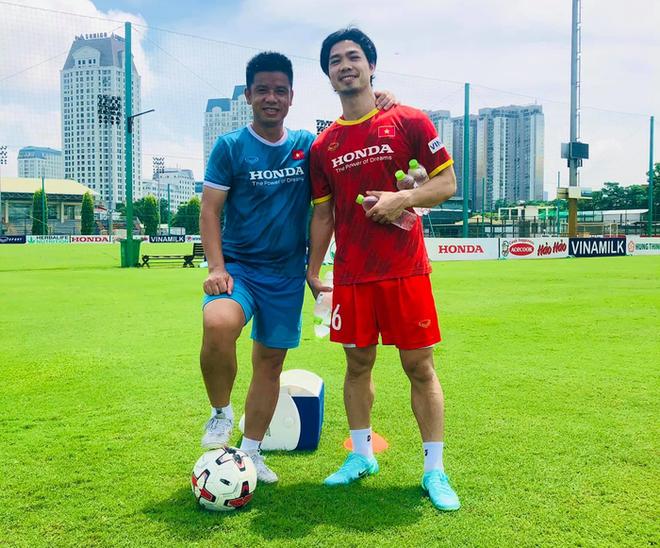 Nóng: Tuyển Việt Nam triệu tập 32 cầu thủ cho trận gặp Trung Quốc, Công Phượng đã trở lại - ảnh 1