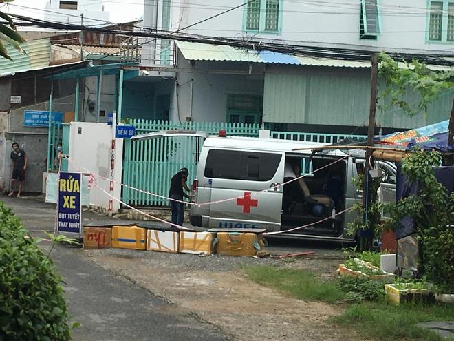TP.HCM: Liên tiếp phát hiện 2 nam thanh niên chết trong tư thế treo cổ tại phòng trọ - ảnh 1