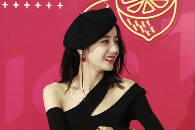 Nàng thơ đẹp nhất Weibo hôm nay: Nhiệt Ba tăng cân chút nhẹ mà visual lên hương ngút ngàn, bảo sao netizen xỉu up xỉu down - ảnh 11