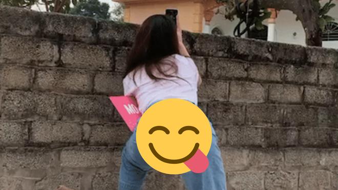 """Bồ mới Quang Hải đăng clip """"thậm thụt"""" nhà hàng xóm, nhưng lại khiến dân tình mất tập trung vì dáng đứng khiêu khích - ảnh 3"""