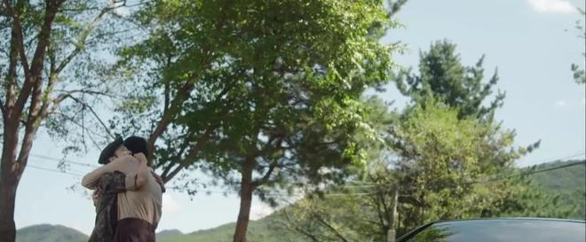 Hospital Playlist 2 TẬP CUỐI kết thúc viên mãn mà dang dở: Ik Jun - Song Hwa yêu nhau tới bến, đôi Bồ Câu vẫn mập mờ? - ảnh 12