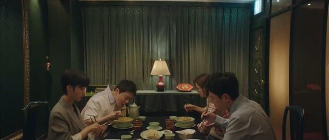 Hospital Playlist 2 TẬP CUỐI kết thúc viên mãn mà dang dở: Ik Jun - Song Hwa yêu nhau tới bến, đôi Bồ Câu vẫn mập mờ? - ảnh 4