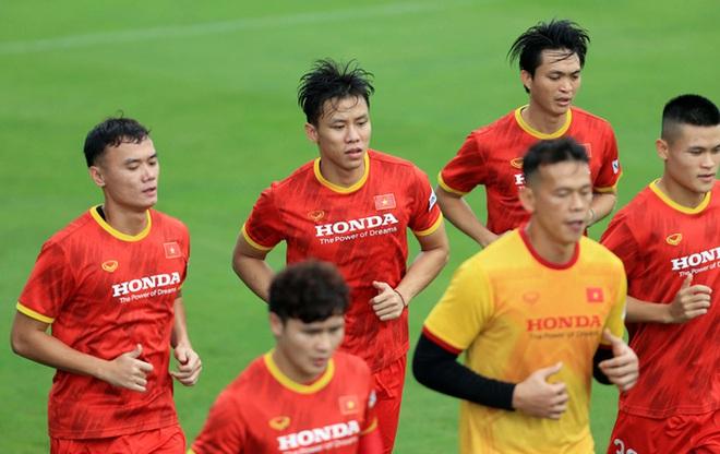 Quế Ngọc Hải động viên Văn Lâm sớm trở lại thi đấu cùng ĐT Việt Nam - ảnh 1