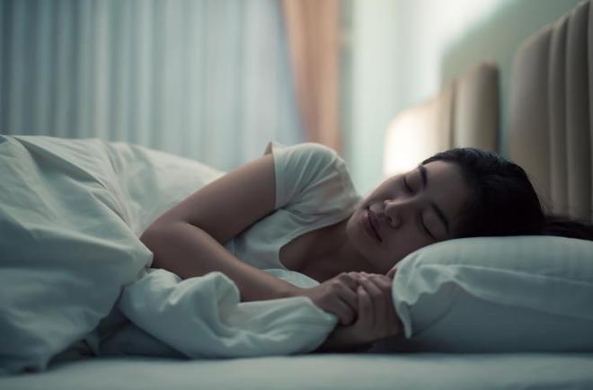 4 biểu hiện lạ khi ngủ cho thấy gan đang kém, xem thử bạn có gặp phải điều nào không - ảnh 3