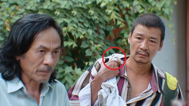 Hương Vị Tình Thân dùng dây áo ngực làm đạo cụ, người xem tá hỏa nước đi này tại hạ không lường tới - ảnh 2