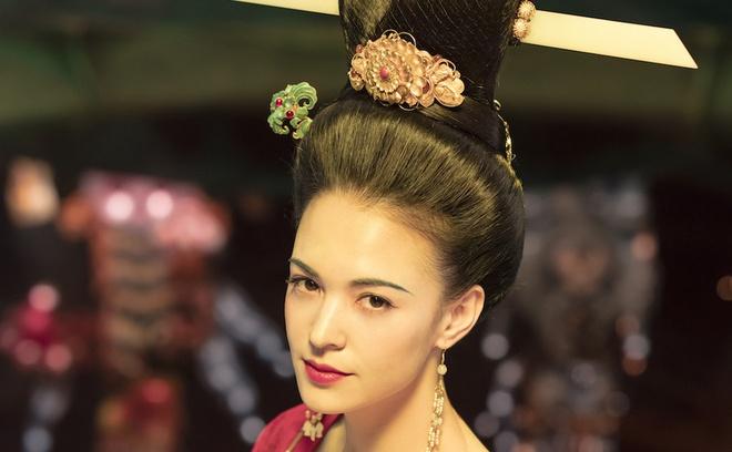 """Chuyên gia phục dựng hình ảnh thực tế của Dương quý phi, dân mạng cảm thán """"khó trách Hoàng đế từ bỏ giang sơn vì nàng"""" - ảnh 6"""