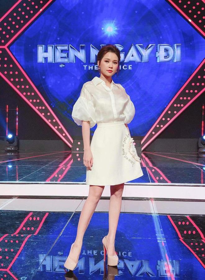 Khi váy áo được mỹ nhân Việt mặc hôm nay, hôm sau bán đầy ngoài chợ... - ảnh 13