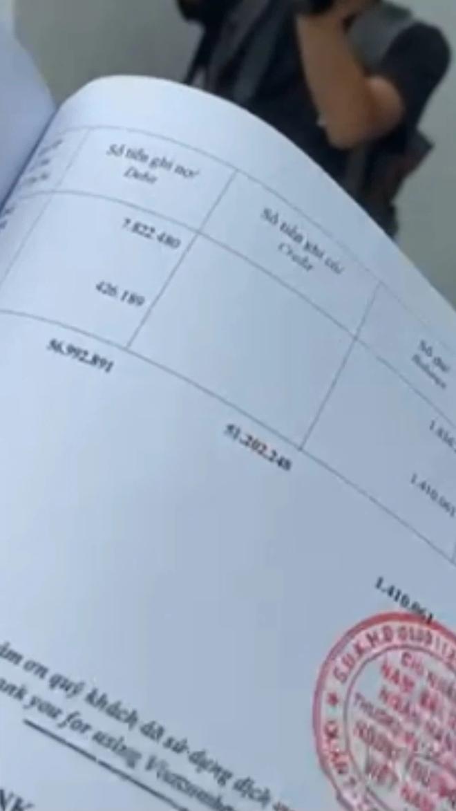 Công Vinh nói về việc có 2 số tài khoản ngân hàng: Đây là tài khoản đi chợ của Tiên, không có ai gửi tiền vào cho miền Trung hết - ảnh 2