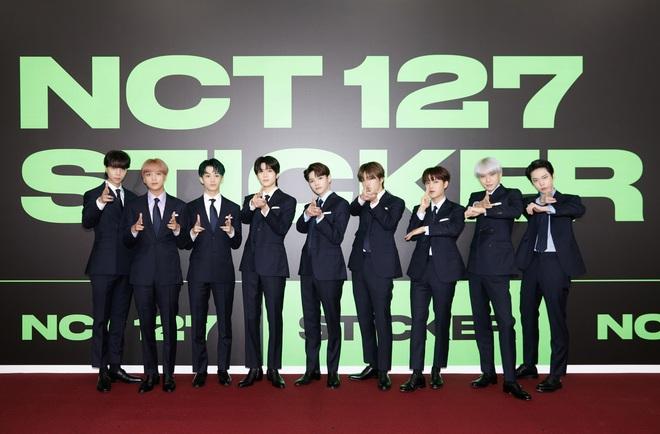 NCT 127 chiêu đãi cả bữa tiệc visual nhưng vẫn có 1 đặc sản khiến netizen phải hoang mang - ảnh 5